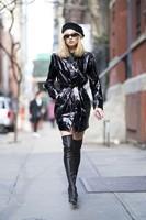 Elsa-Hosk_-Wearing-an-Elizabeth-Sulcer-X-Miss-Sixty-coat--06-662x993