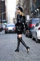 Elsa-Hosk_-Wearing-an-Elizabeth-Sulcer-X-Miss-Sixty-coat--07-662x993