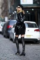 Elsa-Hosk_-Wearing-an-Elizabeth-Sulcer-X-Miss-Sixty-coat--05-662x993