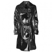 trench-coat-in-red-patent-leather6