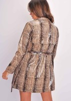 faux-leather-snake-skin-print-trench-coat-beige-Riley-lily-lulu-fashion-2