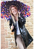 RAINMAC-Women-Chelsea-Black-Lifestyle_1_dc02b298-7f1d-4173-ade8-f3b0251c6bf6_1024x1024
