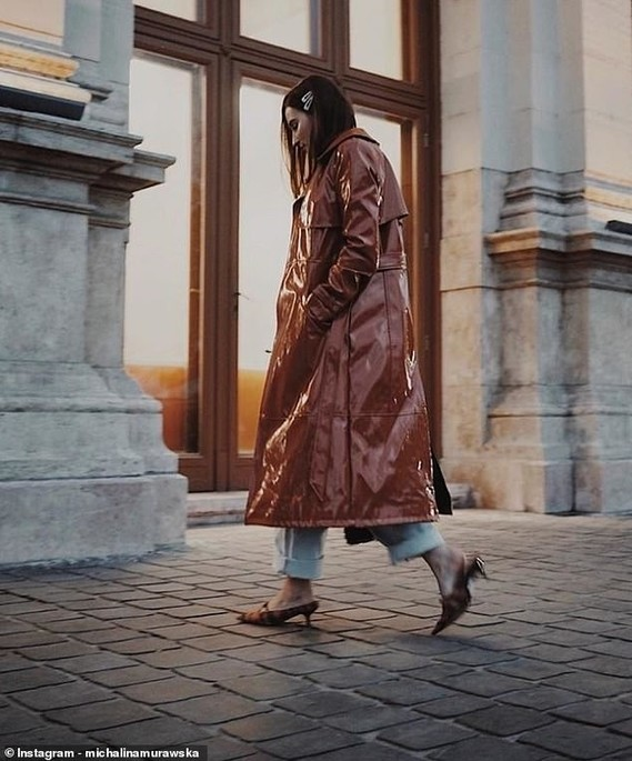 5619088-6338413-Vogue_Polska_s_online_fashion_and_beauty_editor_Michalina_Muraws-m-59_1541003250503