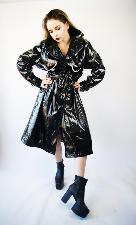 coat_with_boobs_1-1_1024x1024