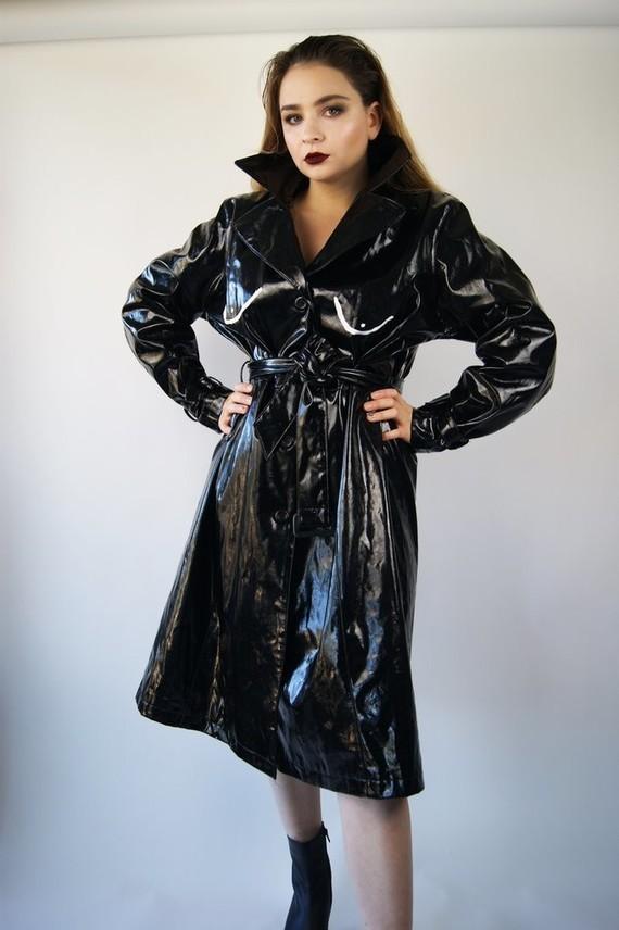 coat_with_boobs_4-1_1024x1024