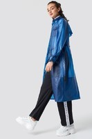astrid_olsen_raincoat_1592-000007-0003_03c