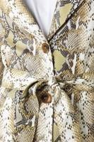 epsiode_snake_printed_pu_coat_beige_1018-001955-0005_04g