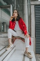 The-red-patent-trench-THE-BLUE-EYED-GAL-7