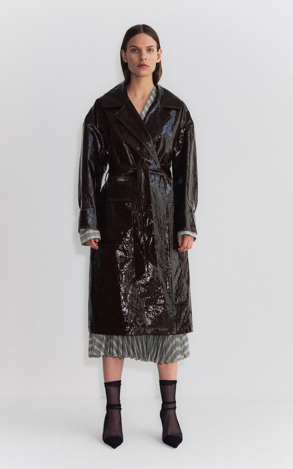 large_shaina-mote-brown-atlas-vinyl-trench-coat