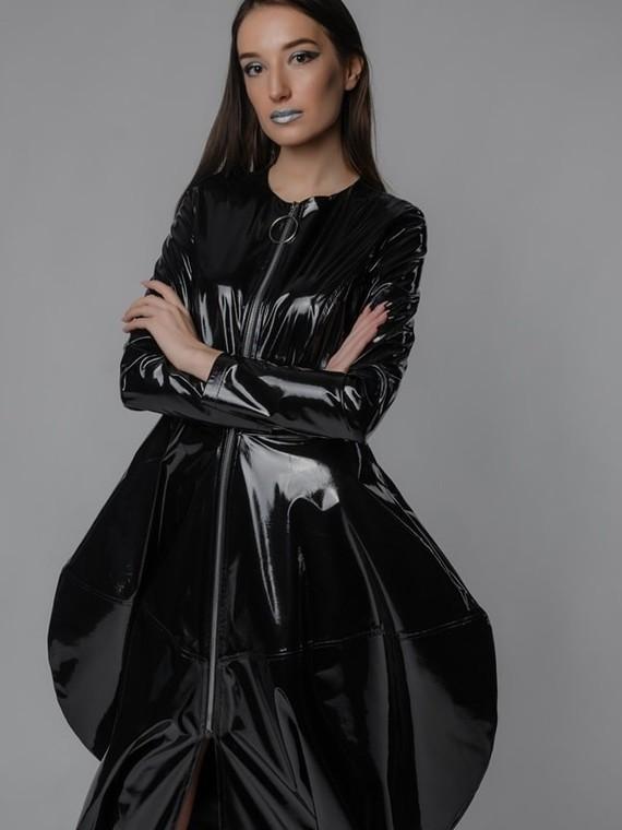 dark-women-spring2019-17-min