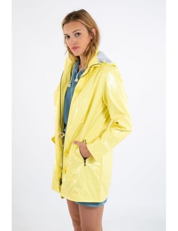 glossy-raincoat-bruges