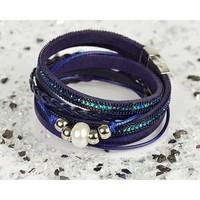 bracelet-manchette-mode-chic-aspect-cuir-et-strass-l38cm-fermoir-aimante-new-collection-76304