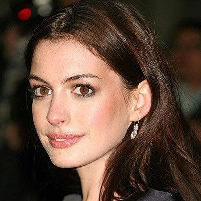 anne_hathaway2_400 - Coloration Brun Cendr