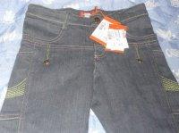 pantalon neuf marese printemps japonnais 5 ans/ 10 ans  20 euros