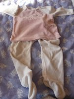 pyjamas  tape à l'oiel 18 mois 3 euros