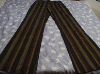 pantalon t42 : 3 uros