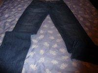 jean's levis taille 42 : 10 euros