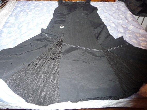 robe t42 christine laure neuf : 30 euros