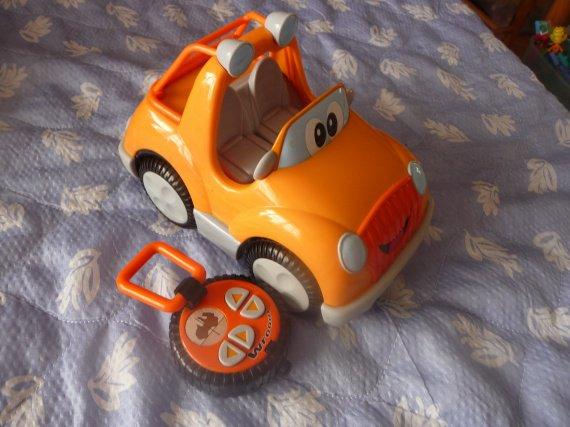 voiture vroom planete teleguidé : 10 euros