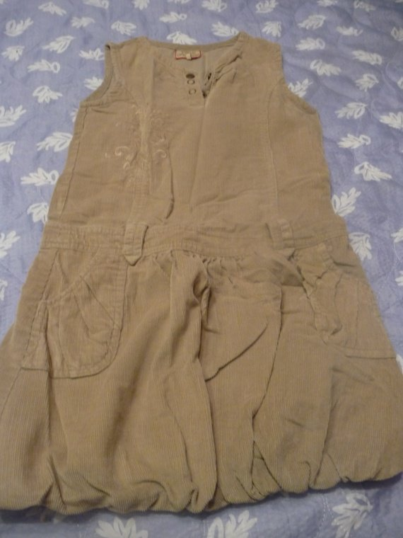 robe ptties canaille 6 ans : 6 euros