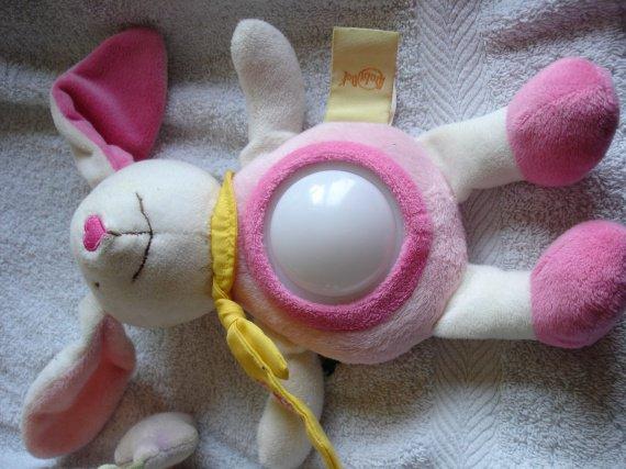 veilleuse babynat (fait juste une lumière changeante) 6e