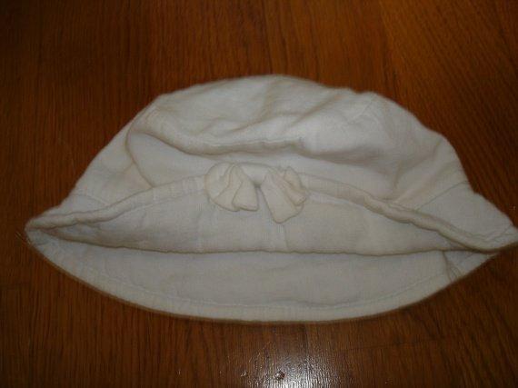 chapeau blanc 1e