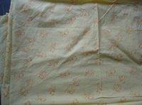 drap jaune motif souris (140 cm par 200cm)