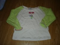 t-shirt ML 2 ans (marqué 4 masi taille 2) 1e