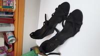 sandales quasi neuves cuir 41   12€