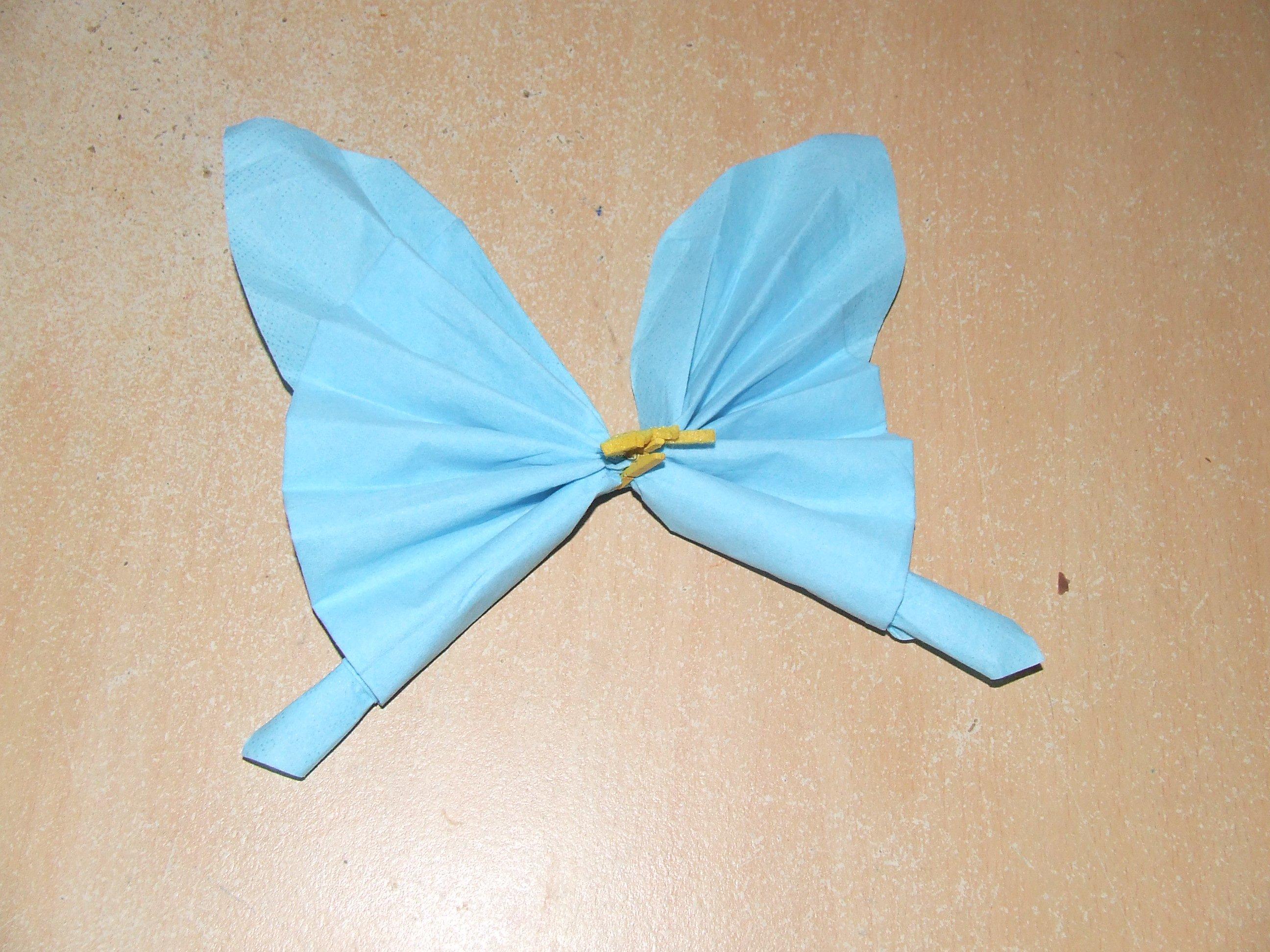 Pliage serviette papillon prepa bapteme ptitevivi62 photos club doctissimo - Pliage serviette bapteme garcon ...