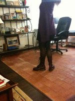 robe noire_gilet violet2