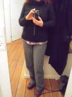Pantalon gris pull noir_2