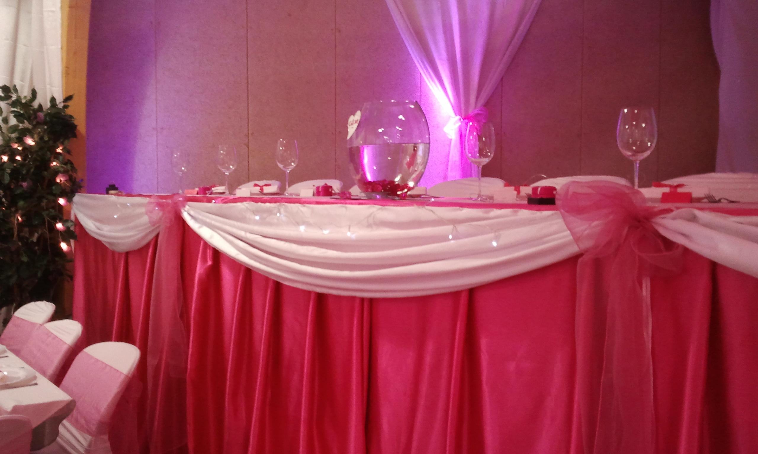 Decor pour mariage decor table des maries mariage ile - Decoration table des maries ...