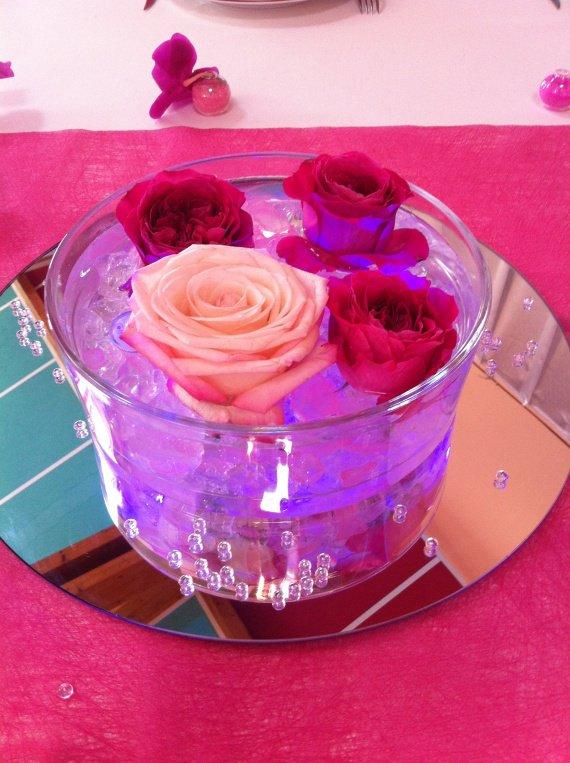 Centre table fushia theme mariage for Centre de table lumineux