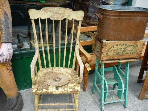 Chaise toilette a trou l 39 t stie dgl photos club for Chaise a trou