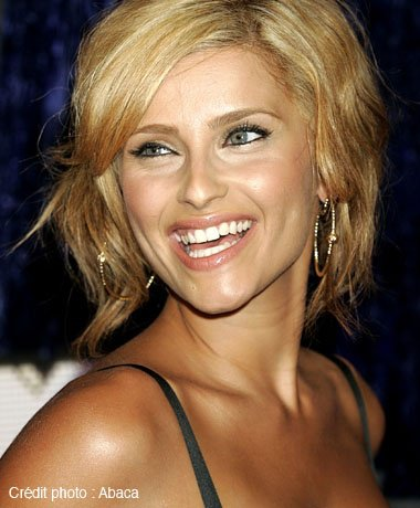 nelly furtado4 - Coloration Blonde Sur Cheveux Chatain