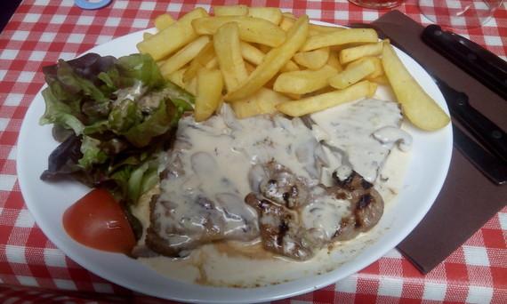 Steak frites sauce champignons