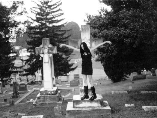07-cimetieres-cemetery-gothique-cimetiere-img