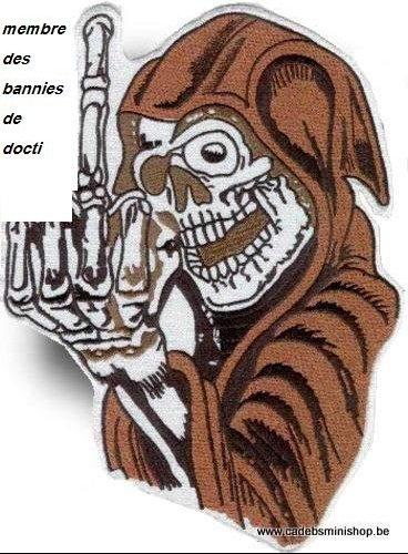 rugpatch-fuck-you-finger-skelet