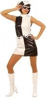 deguisement-annees-60-noir-et-blanc-pour-femme