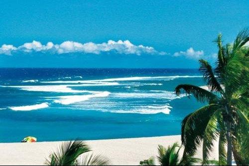 Ile_La_Reunion_plage_tropicale_89880b588c8a4d08bcf31c925e86c0ed