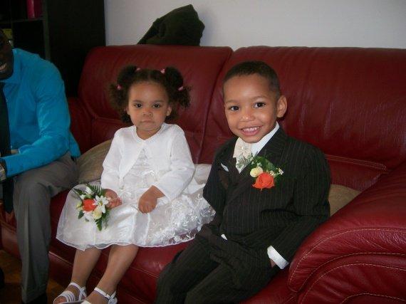 ma nièce avec mon fils il formaient un petit couple de mariés