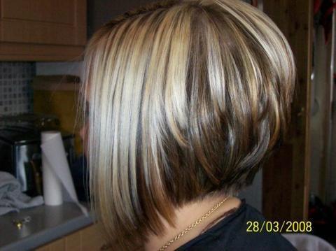 Cheveux court femme vue de dos