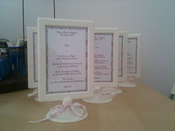 porte menu table mariage les 25 meilleures id es de la cat gorie menu de mariage sur pinterest. Black Bedroom Furniture Sets. Home Design Ideas