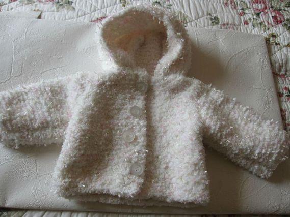 veste capuche 1 mois laine velour blanc rose