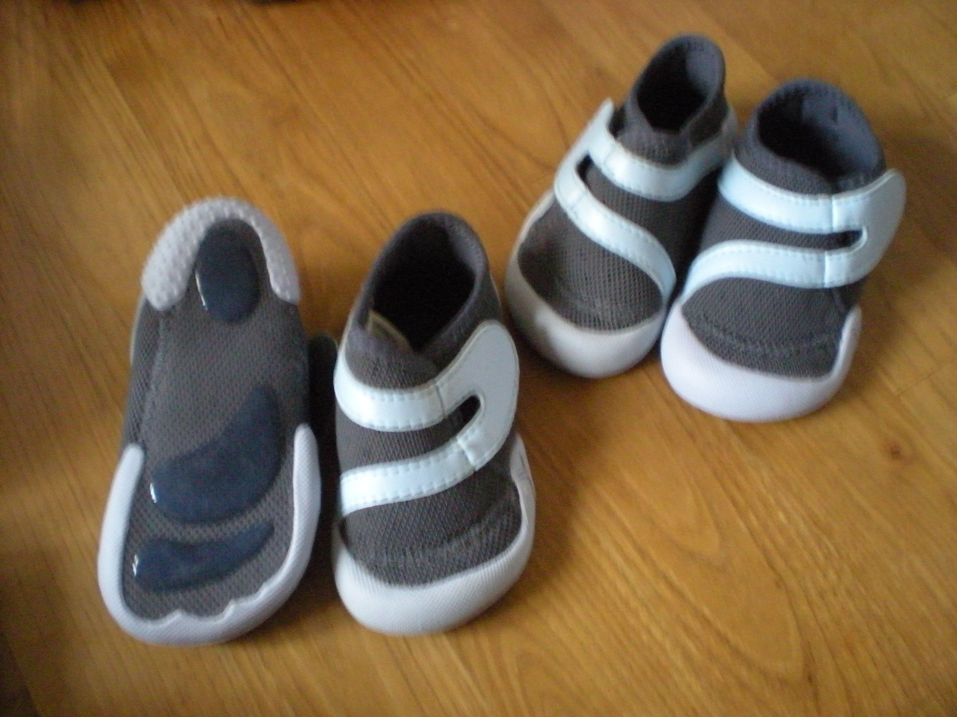 Vente en gros Conteneur de marque chaussures baby gym decathlon ... 1be59b0fa36