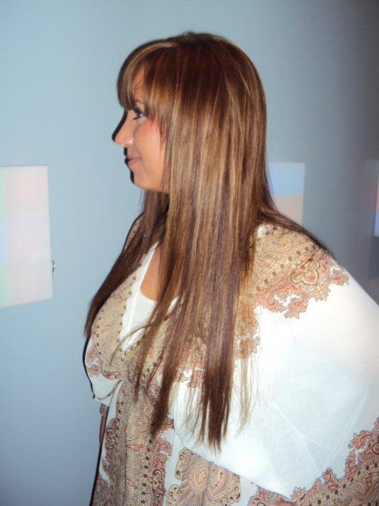 Faire une couleur blonde sur cheveux noir