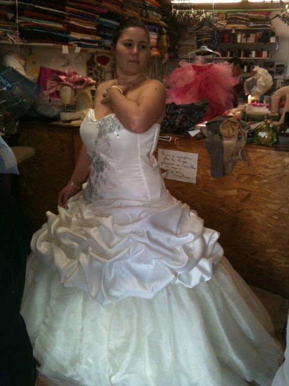 Essaie 2 robe mariée!!