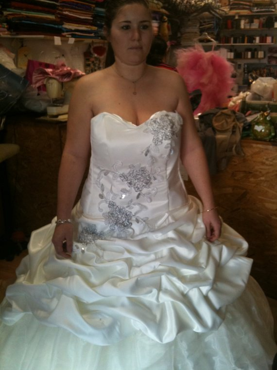 Essaie 2 robe mariée!! (1)