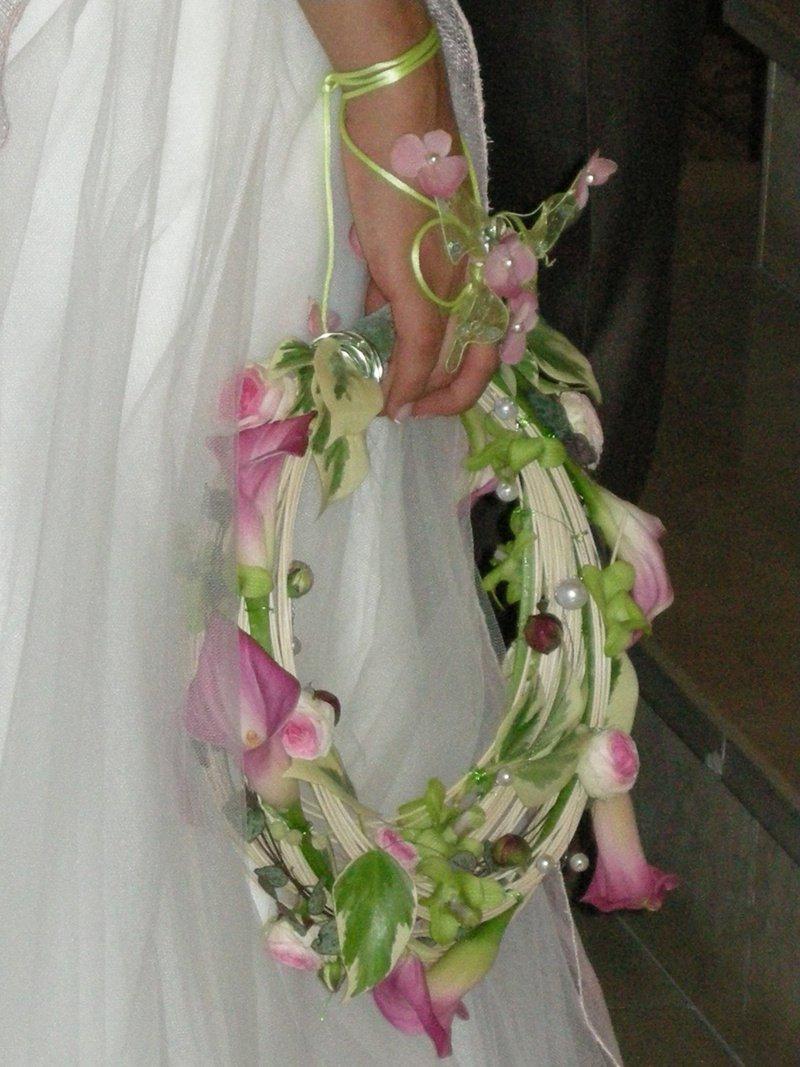 http://images.doctissimo.fr/1/mariage/fleurs/photo/hd/3437118343/14154682016/fleurs-prod_photo1_1236_1217238176-big.jpg